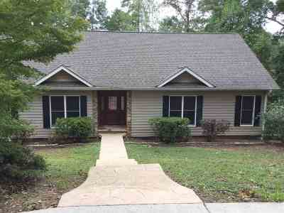 Townville, Westminster, Salem, Seneca, Walhalla, West Union, Lake Lake Keowee, Pickens, Six Mile, Sunset Single Family Home For Sale: 516 Beacon Shores Drive