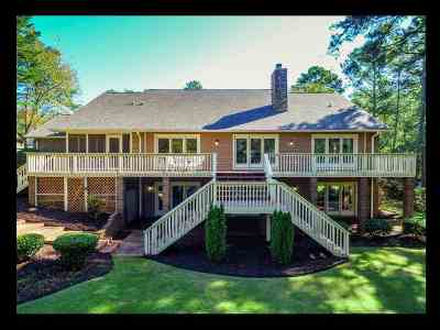 Seneca Single Family Home For Sale: 2606 Dog Leg Lane