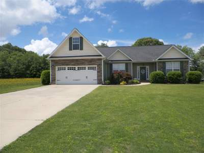 Drakes Field Single Family Home Under Contract: 1007 Drakes Crossing