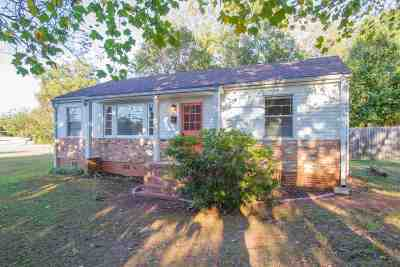 Single Family Home For Sale: 700 Greenville Street