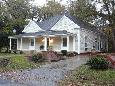 Belton Single Family Home Contract-Take Back-Ups: 306 Harris Ave