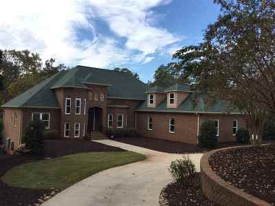 Lavonia, Martin, Toccoa, Hartwell, Lake Hartwell, Westminster, Anderson, Fair Play, Starr, Townville, Senca, Senea, Seneca, Seneca (west Union), Seneca/west Union, Ssneca, Westmister, Wetminster Single Family Home For Sale: 1201 Sunset Lane