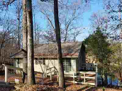 Lavonia, Martin, Toccoa, Hartwell, Lake Hartwell, Westminster, Anderson, Fair Play, Starr, Townville, Senca, Senea, Seneca, Seneca (west Union), Seneca/west Union, Ssneca, Westmister, Wetminster Single Family Home For Sale: 136 River Ridge
