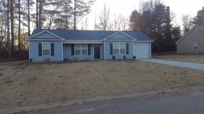 Williamston Single Family Home For Sale: 114 W Crown Ct.