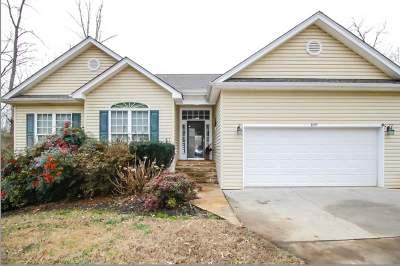 Seneca, Seneca/west Union Single Family Home Contract-Take Back-Ups: 109 Winding Creek Ln