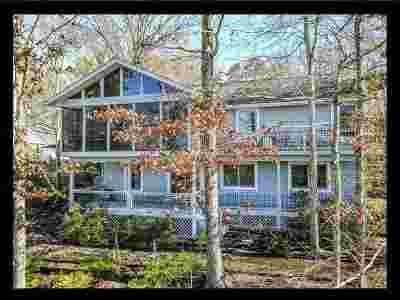 Keowee Key Single Family Home Contingency Contract: 15 Tide Turn Drive
