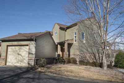 Townhouse For Sale: 321 Blue Water Way