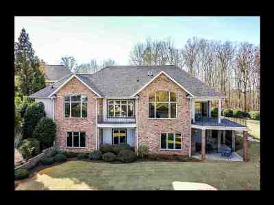 Seneca Single Family Home For Sale: 202 Eagles View Drive