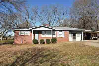 Williamston Single Family Home For Sale: 104 McAlister Circle