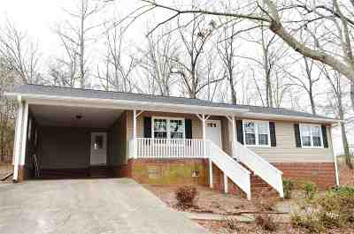 Belton Single Family Home Contingency Contract: 304 Old Tabernacle Road