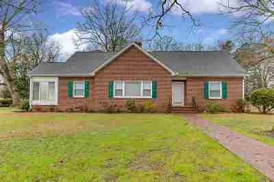 Easley Single Family Home For Sale: 202 S C Street