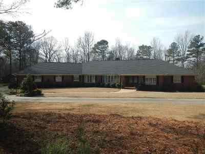 Anderson Single Family Home For Sale: 900 Windy Hill Drive