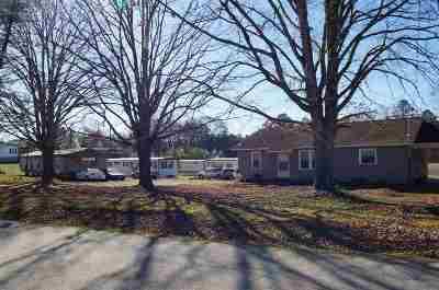 Seneca Single Family Home For Sale: 298 White Road