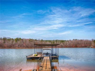 Seneca SC Single Family Home For Sale: $429,000