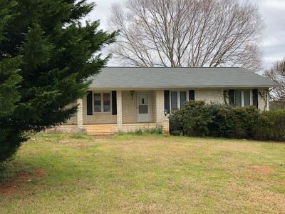 Seneca, Seneca/west Union Rental For Rent: 104 Dillard Hill Drive