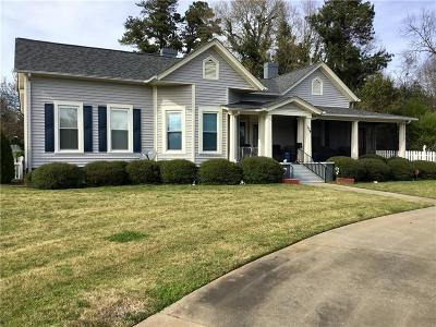 Anderson County Single Family Home For Sale: 104 W Greer Street