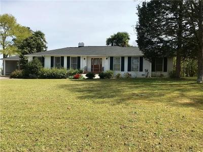 Pendleton Single Family Home For Sale: 224 Eastview Drive