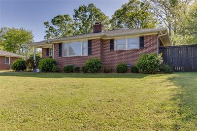 Athens, Anderson Single Family Home For Sale: 2507 Neville Way