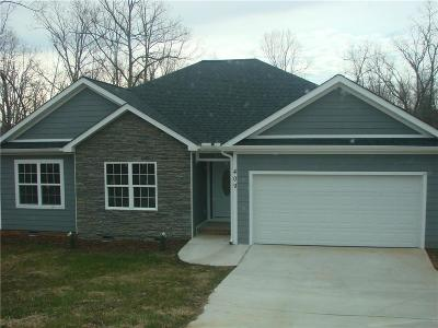 Pickens Single Family Home For Sale: 409 Bolding Road