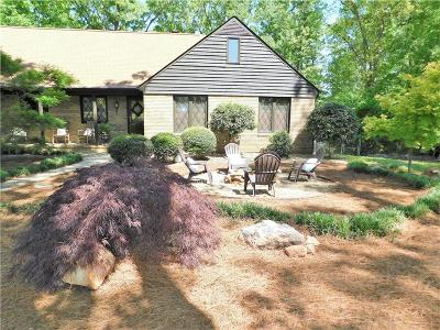 Anderson County, Oconee County, Pickens County Single Family Home For Sale: 2911 N Bayshore Drive