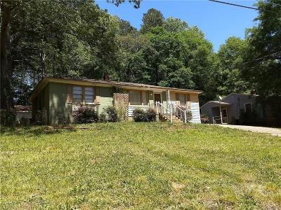 Single Family Home For Sale: 1603 E Preston Drive