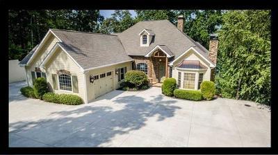 Seneca, Seneca/west Union Single Family Home For Sale: 215 Hillview Drive