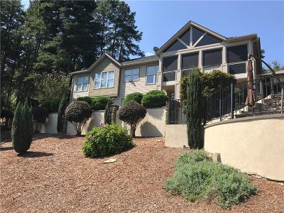 Single Family Home Contract-Take Back-Ups: 118 Shelter Cove Drive