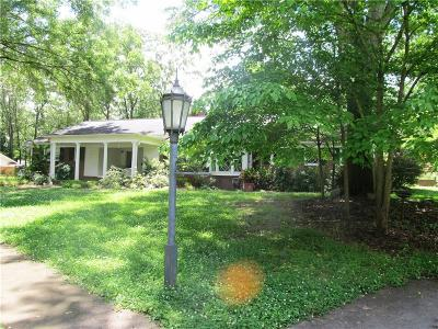Single Family Home For Sale: 303 Palmetto Parkway
