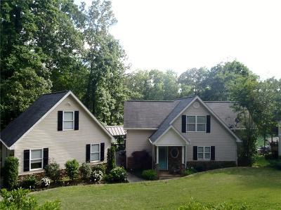 Rental For Rent: 303 Oak Haven Court