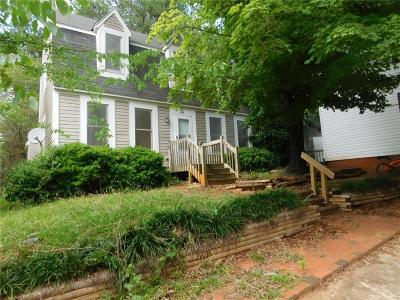 Central Single Family Home Contract-Take Back-Ups: 124 Franklin Drive
