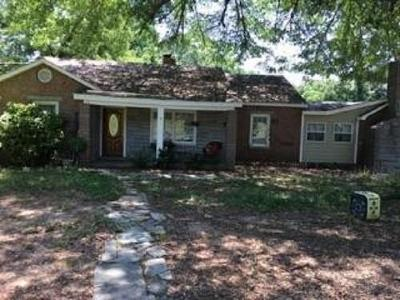 Central Single Family Home For Sale: 900 Old Six Mile Road