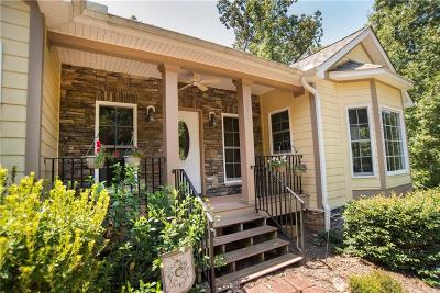 Chickasaw Point Single Family Home For Sale: 337 Oconee Avenue