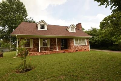 Easley Single Family Home For Sale: 738 Anderson Highway