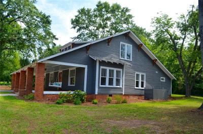Seneca SC Single Family Home For Sale: $274,900