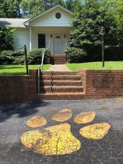 Clemson Single Family Home For Sale: 104 Locust Street