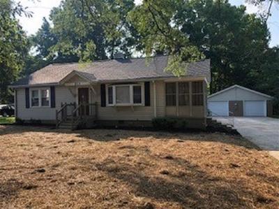 Belton Single Family Home For Sale: 213 Oak Drive