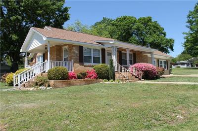 Easley Single Family Home For Sale: 101 Finley Circle