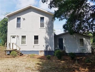 Clemson Multi Family Home Contract-Take Back-Ups: 307 Reid Street