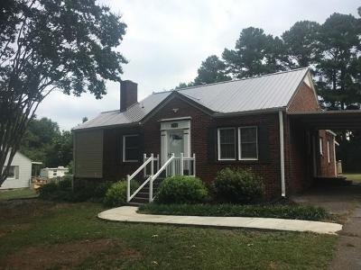 Clemson, Seneca Single Family Home For Sale: 2064 Corinth Drive