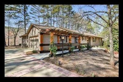 Keowee Key Single Family Home Contract-Take Back-Ups: 24 Tradewinds Way