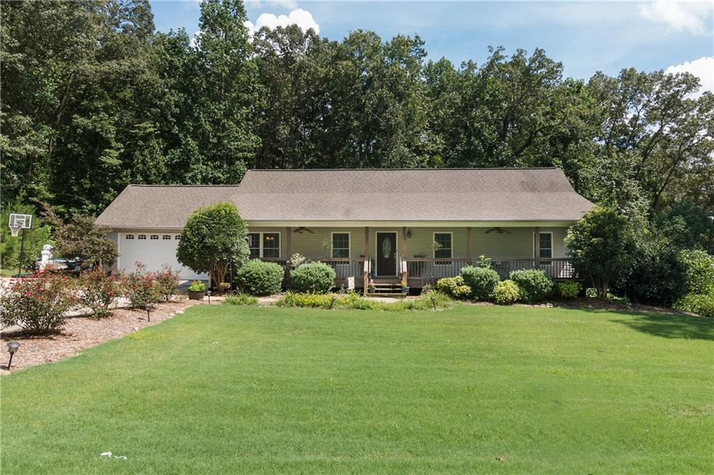 5 bed / 4 baths Home in West Union for $299,000