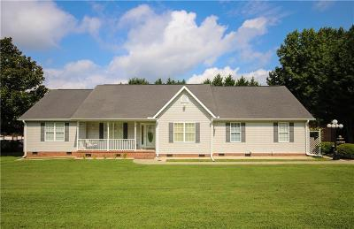 Easley Single Family Home For Sale: 740 Pope Field Road