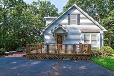 Single Family Home For Sale: 404 Rowland Road