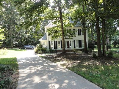 Easley Single Family Home For Sale: 109 Meadow Woods Court