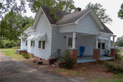 Abbeville County Single Family Home For Sale: 207 N Main Street