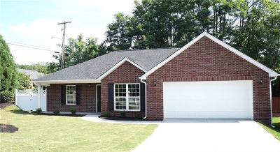 Anderson SC Single Family Home For Sale: $182,500