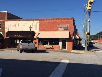 Seneca Commercial For Sale: 127 N Townville Street