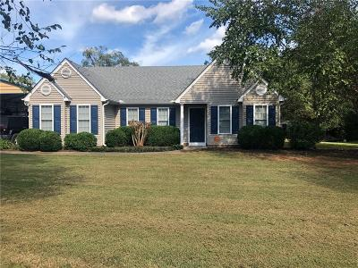 Seneca Single Family Home For Sale: 103 Tall Willow Drive