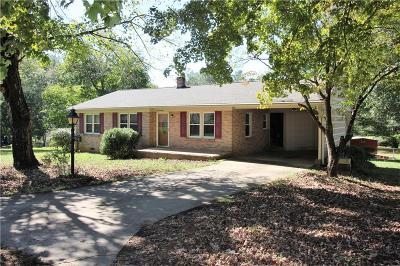 Easley Single Family Home For Sale: 214 Cedar Circle