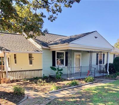 Easley Single Family Home For Sale: 804 Pelzer Highway